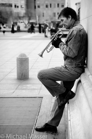 Trumpeter-under-the-Washington-Square-Arch-Black-and-White