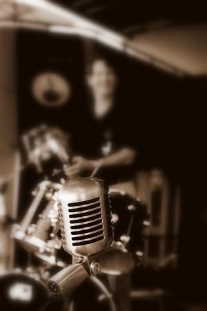 Rimz & Rbz Live Music