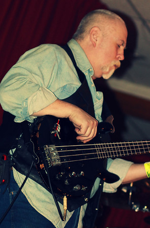 J.R. Roberts - Screamn Eagles band 2014 copyrt 2014