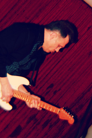 Guitarist Screamin Eagles copyrt 2014 m burgess