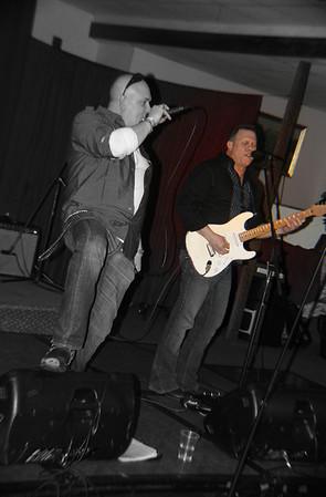 Screamin Eagles Duo copyrt 2014 m burgess