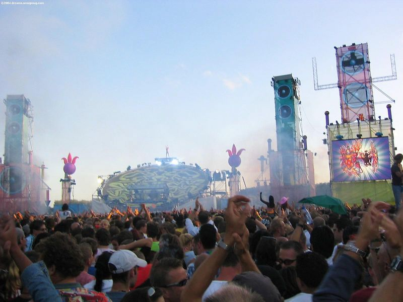 Main stage with Paul van Dyk