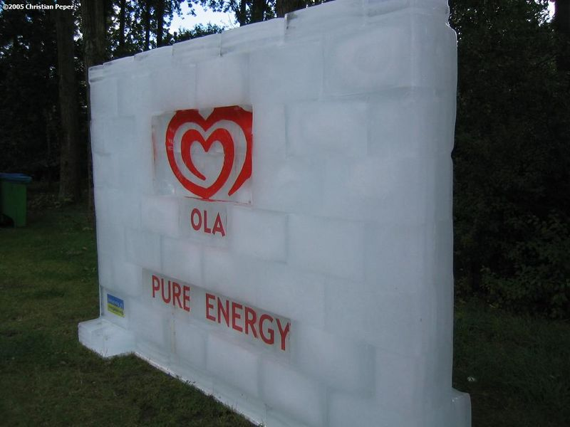 Ola ice wall... Cool!