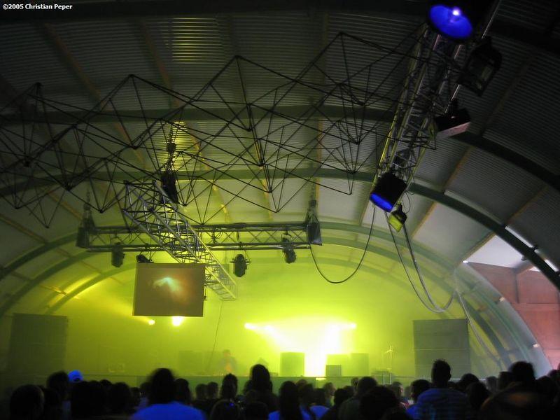 Beat club stage