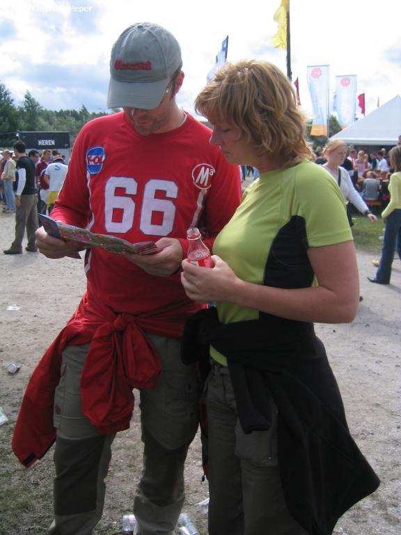 Harald and Saskia checking the timetables