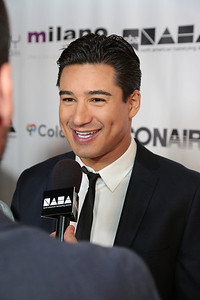 Mario Lopez at the 2013 NAHAs