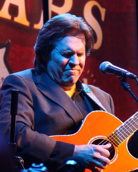 Doyle Dykes, Taylor Guitar room