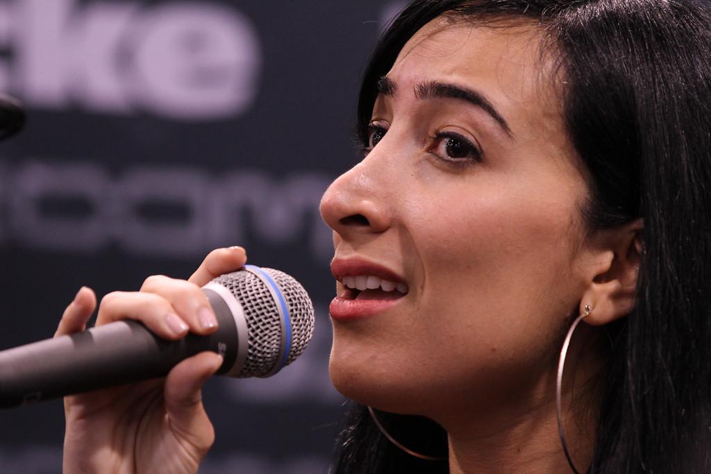 Marcela Pinilla, Hartke booth
