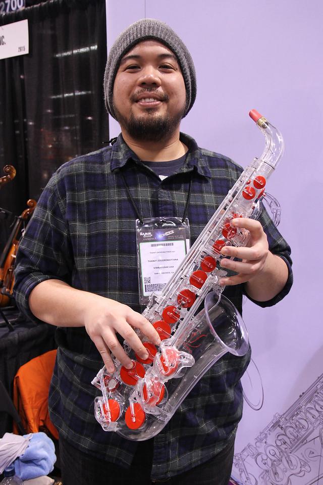 Plastic sax! Aaaahhhh!!