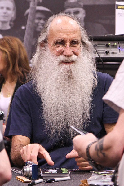 Leland Sklar, famous bass player (look him up!)