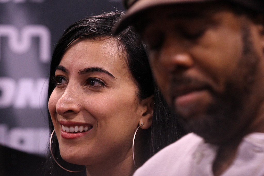 Marcela Pinilla, Victor Wooten, Hartke booth