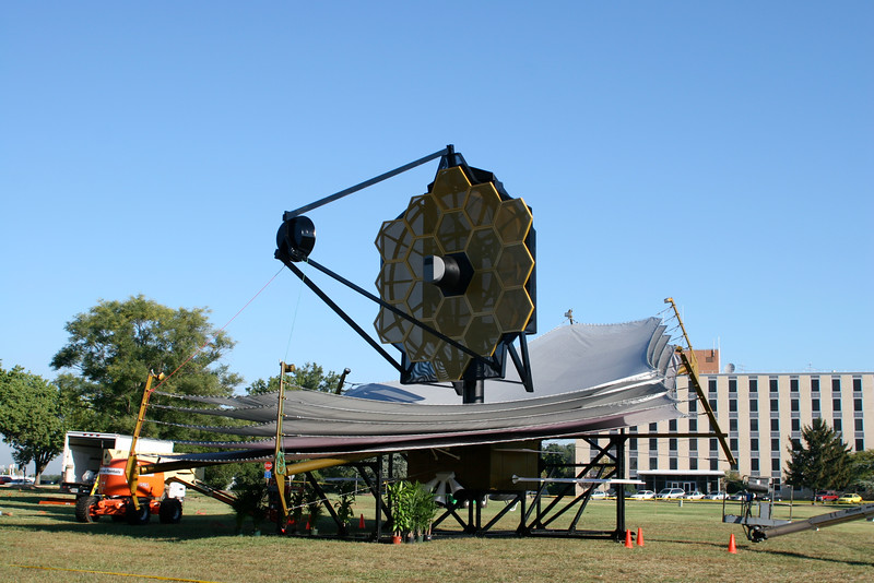In September 2005, a life-size model of the James Webb Space Telescope (JWST) was set up on the Goddard Mall outside Building 3 at the NASA/Goddard Space Flight Center (Greenbelt, MD).