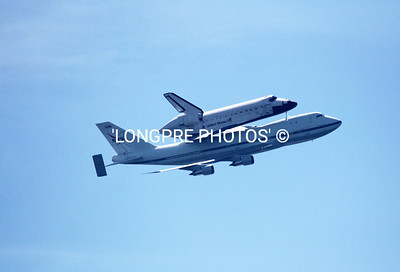 ENDEAVOUR on back of '747'  Long Beach, CA