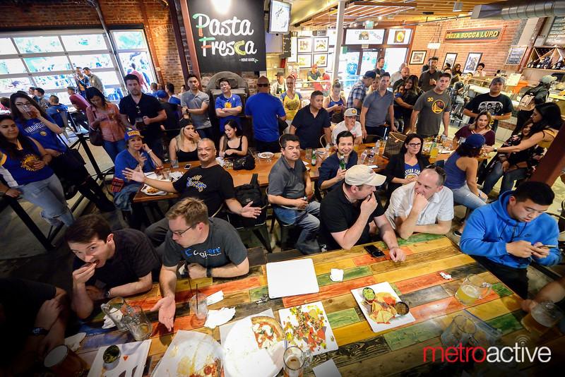 San Pedro Market Square Bar
