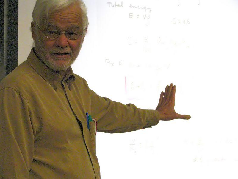 Michael Nauenberg