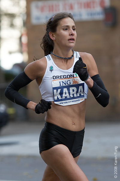 2008: Kara Goucher made her marathon debut and finished 3rd, becoming the fastest American woman in the race's history.