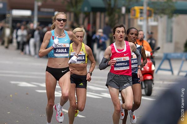 2009:  Elite runners Paula Radcliffe, Ludmila Petrova, Christelle Daunay and Deratu Tulu.  Tulu won the race, becoming the first Ethiopian female winner in the marathon's 40-year history.