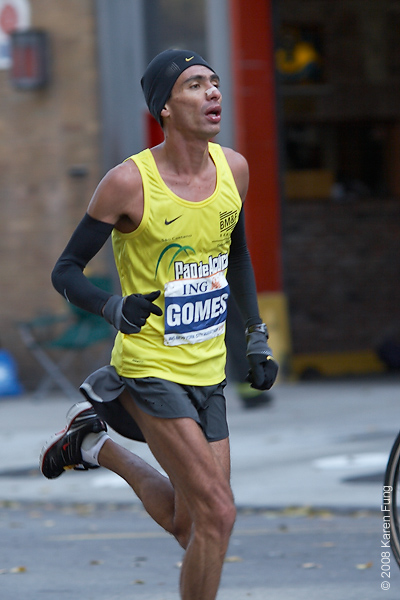 2008: Marilson Gomes dos Santos, the Men's champion, who also won in 2006.  He is the only South American ever to win the race.
