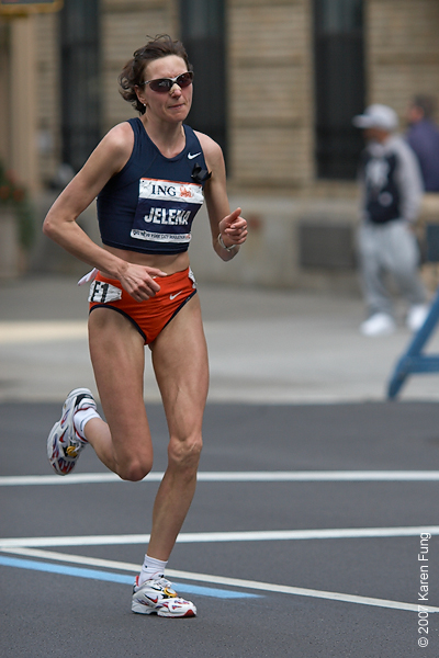 2007: Defending champion Jelena Prokopcuka tried for a 3-peat, but came in third this year.