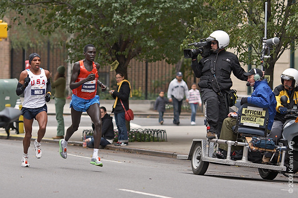 2009: USA's Meb Keflezighi and Kenya's Robert Cheruiyot at mile 23. Keflezighi went on to win the race, becoming the first American male winner since 1982.