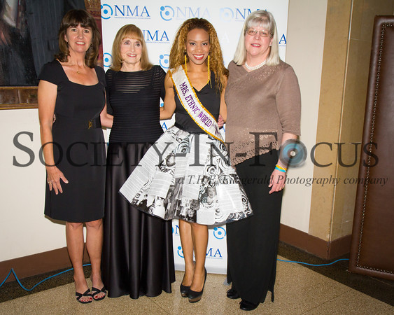 Leslie Maier, Lynn Bozof, Daisi Sepulveda (Mrs. Ethnic World International 2012), Lori Buher
