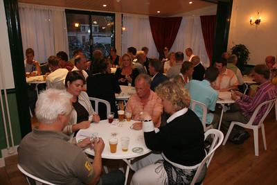 Koppelklaverjassen in De Roskam. Najaarsfeest Oranjevereniging Katwijk aan den Rijn.