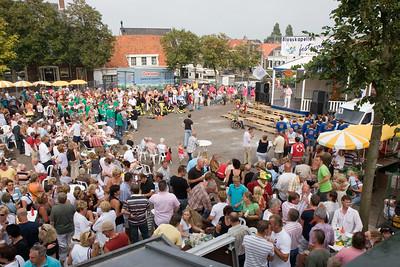 Finale van het 9e Open Zuid-Hollandse Blaaskapellenfestival, gewonnen door De Bierleppen uit Sassenheim. Najaarsfeest Oranjevereniging Katwijk aan den Rijn.