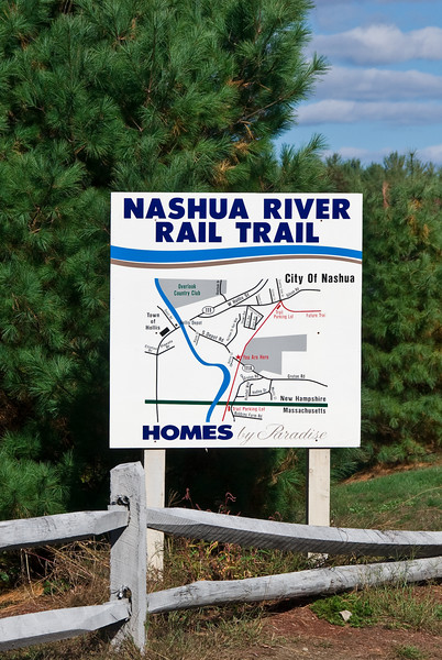 <b>Nashua River Rail Trail sign</b>   (Oct 13, 2007, 01:13pm)