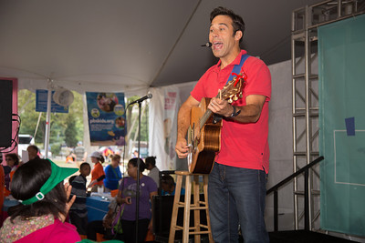 """Steve Songs at the PBS Pavillion. Steve Roslonek of SteveSongs has been writing and performing his award-winning music for kids and families for the past eleven years. In May 2008, Steve took on the exciting new role of """"Mr. Steve,"""" cohost of the PBS KIDS preschool destination that features the popular shows Curious George, Clifford the Big Red Dog, Dragon Tales, and Super Why. Steve performs original interactive songs that reinforce the day's curriculum theme."""