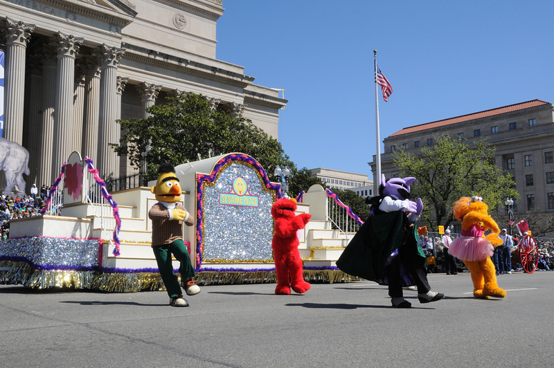 parade-0918