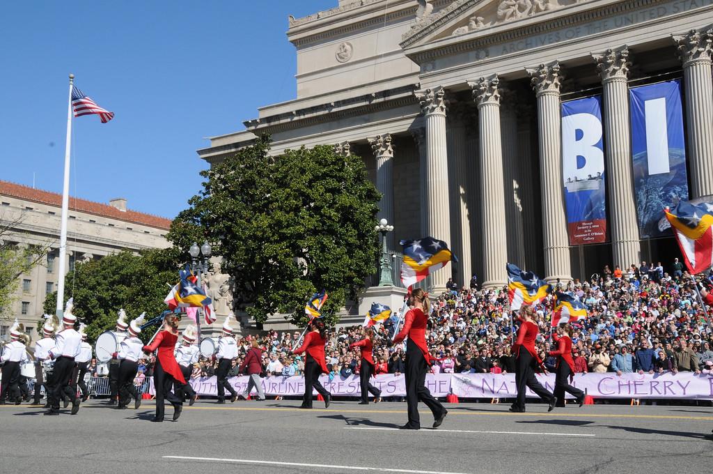 parade-0273