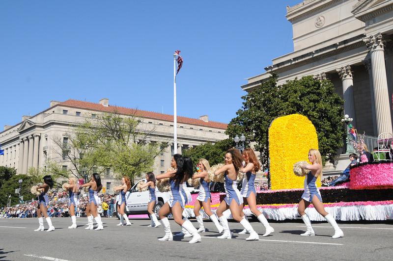 parade-0409