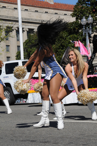 parade-0417