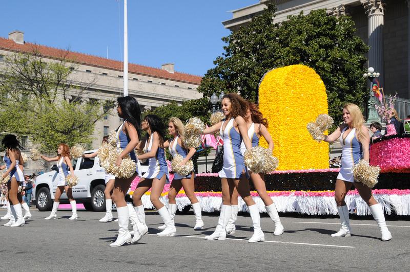 parade-0408