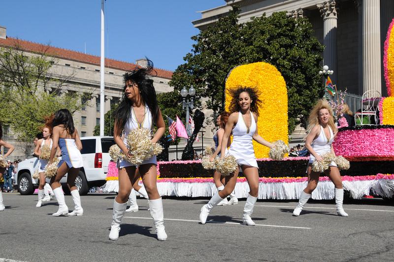 parade-0416