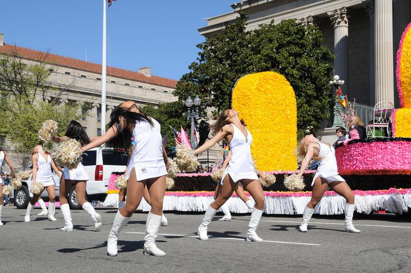 parade-0415