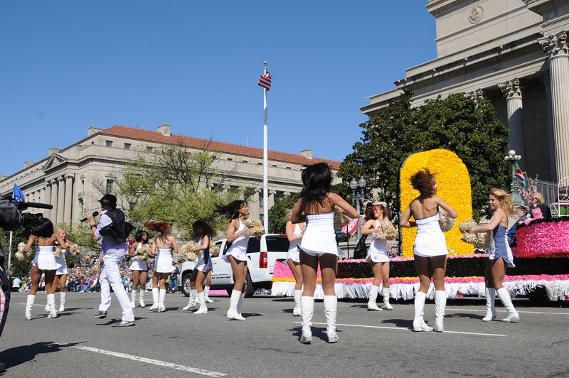 parade-0414