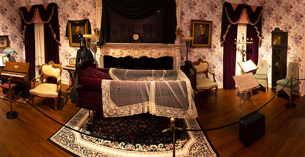 19th-century lying-in-state American parlor