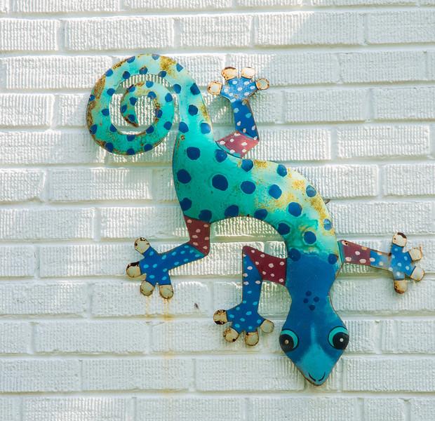 Gecko Outside Wall Decoration