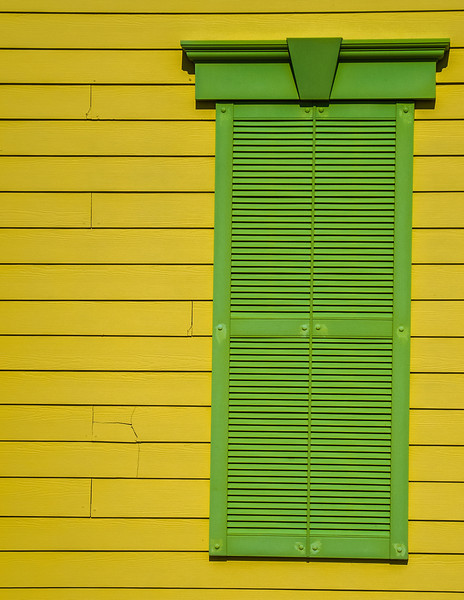 I thought this was an interesting looking design and colorful shutter