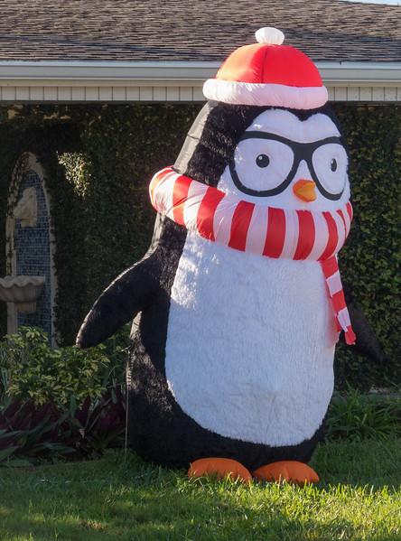 Inflatable Snowman penquin