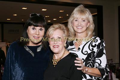 IMG_9841 Leslie Ginn,Arlene Shore & Jodi Levy