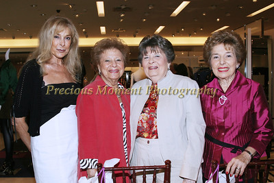 IMG_9839 Phyllis Littlejohn,Kitty Seidenberg,Renee Shivek & Ruth Feigl