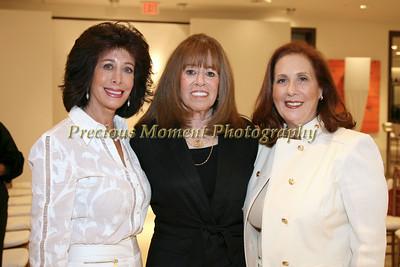 IMG_7742 Sharon Goodhart,Andrea Fells,Ricki Bell