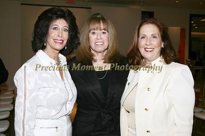 IMG_7740 Sharon Goodhart,Andrea Fells,Ricki Bell