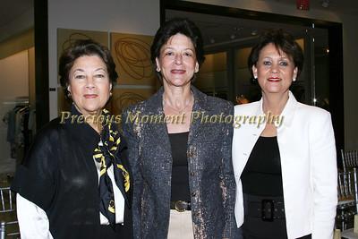 IMG_1108 Carole Bayardelle,Marie Louise Roy & Christiana Villard
