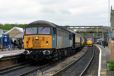 Class 56 No 56301 in Wansford Station on 18 May 2013