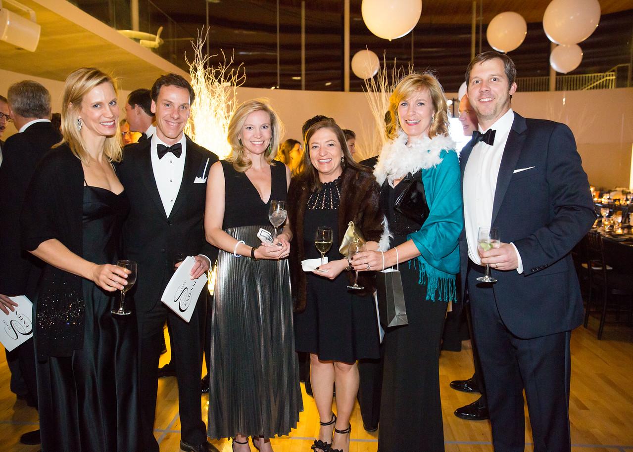 5D3_8316 Katharine Calderwood, Peter Millones, Elena Phillips, Jennifer Millones, Amy Stevens and Nick Phillips