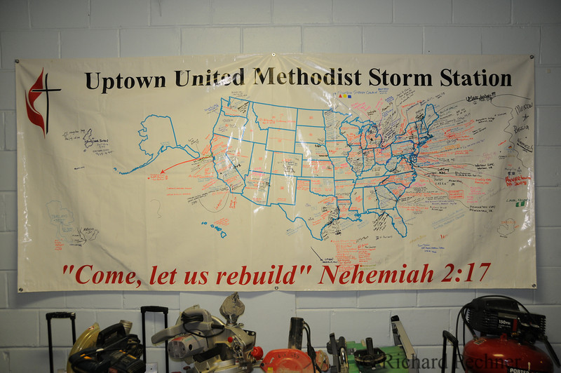 Map of the United States with the names of various groups that have helped out since Katrina through the Organization.