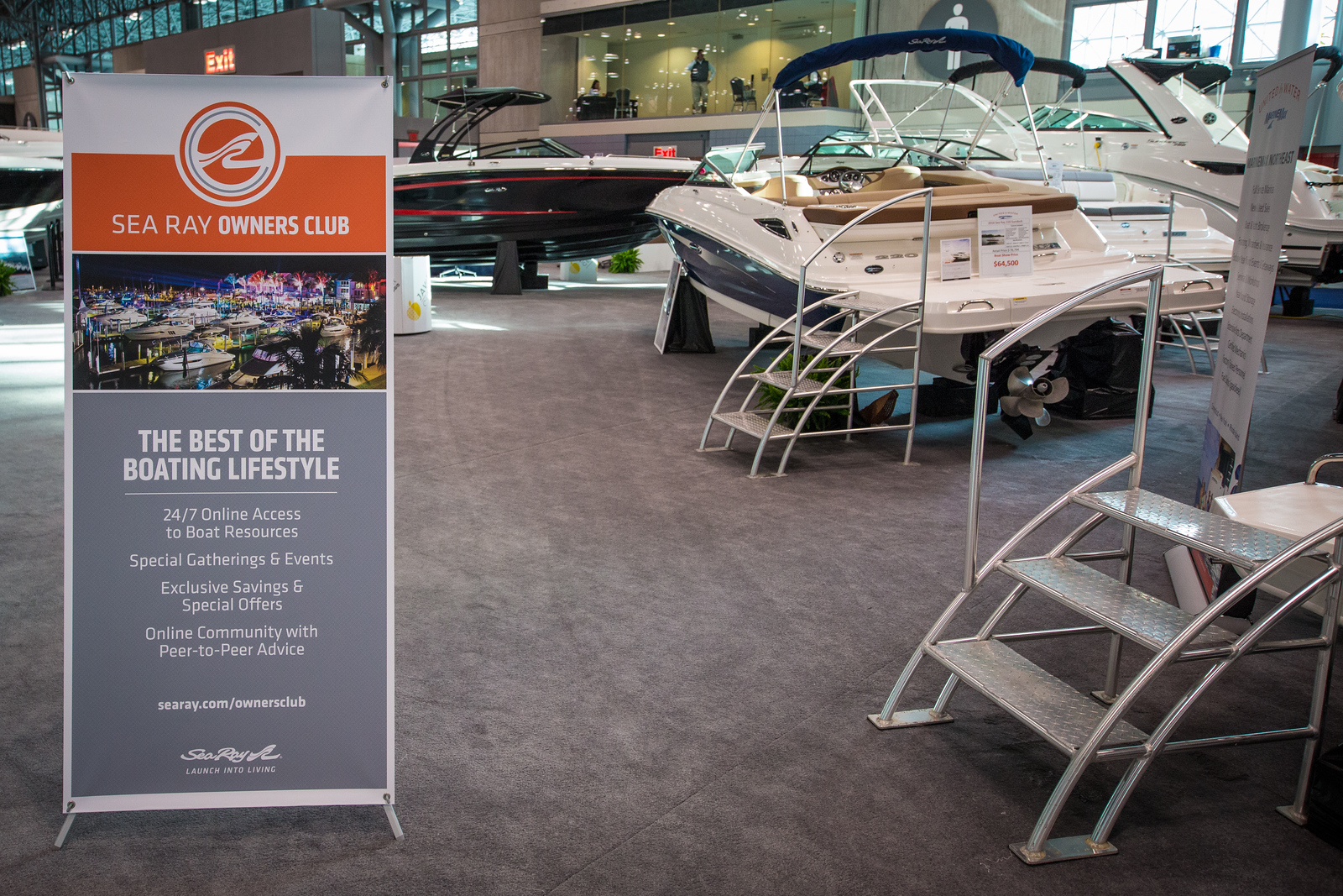 Sign for the all-new Sea Ray Owners Club